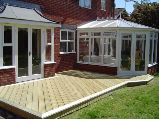 decking-around-conservatories
